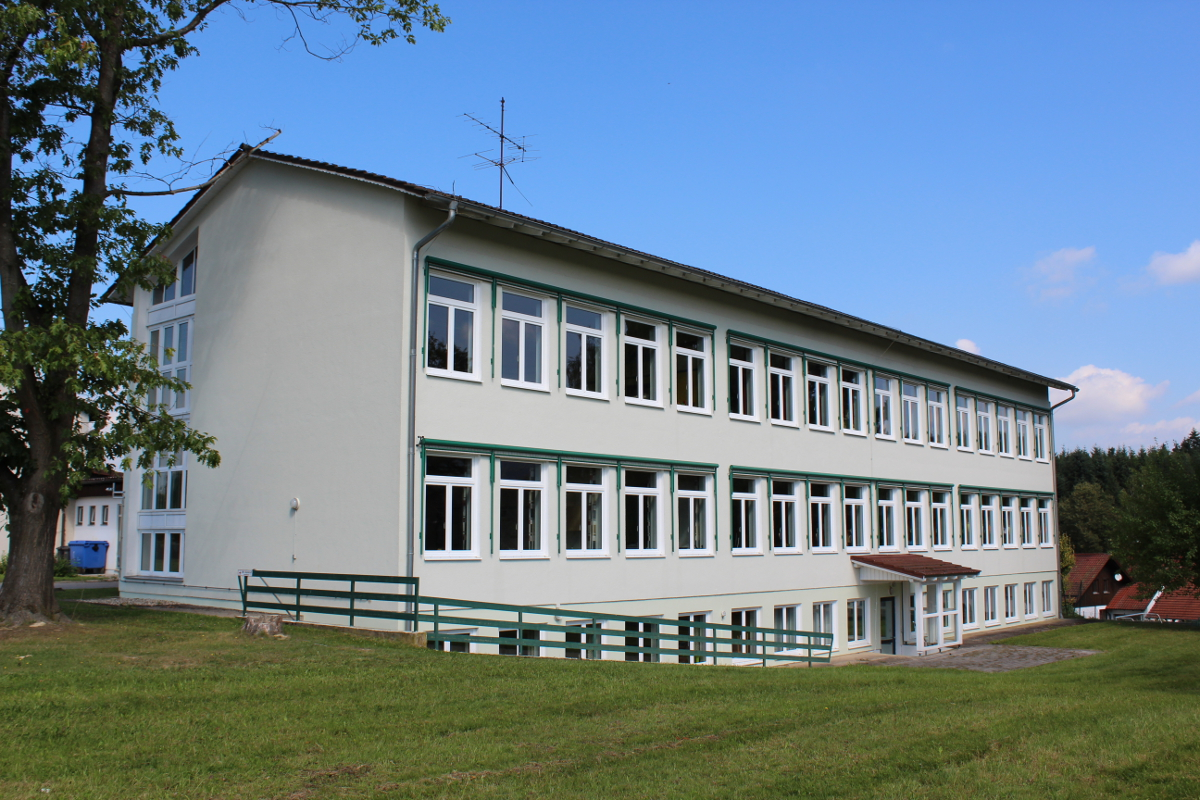 Schulhaus Haselbach